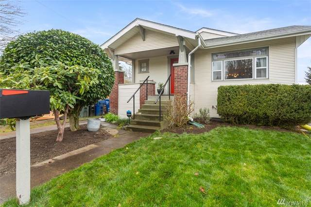8141 16th Ave SW, Seattle, WA 98106 (#1571795) :: The Kendra Todd Group at Keller Williams