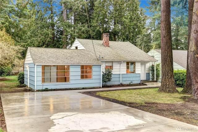 2802 NE 185th St, Lake Forest Park, WA 98155 (#1573172) :: KW North Seattle