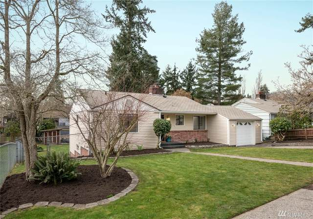 17019 14th Ave NE, Shoreline, WA 98155 (#1573956) :: The Kendra Todd Group at Keller Williams