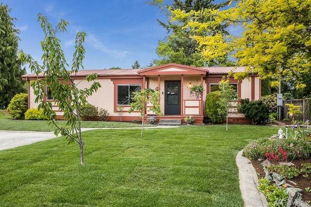 9649 28th Ave SW, Seattle, WA 98126 (#1574334) :: Northwest Home Team Realty, LLC