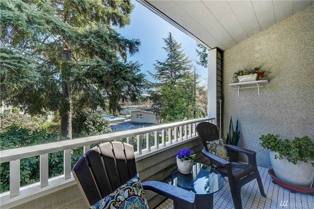 831 126th Place NE B208, Bellevue, WA 98005 (#1575035) :: Real Estate Solutions Group