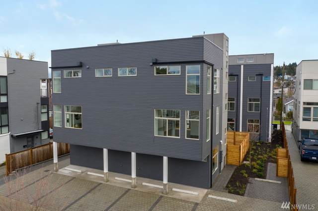 3017 62nd Ave SW B, Seattle, WA 98116 (#1575767) :: The Kendra Todd Group at Keller Williams