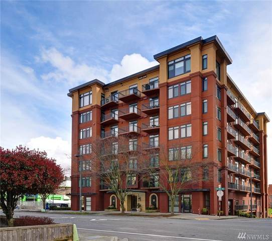 1106 108th Ave NE #305, Bellevue, WA 98004 (#1575823) :: Ben Kinney Real Estate Team