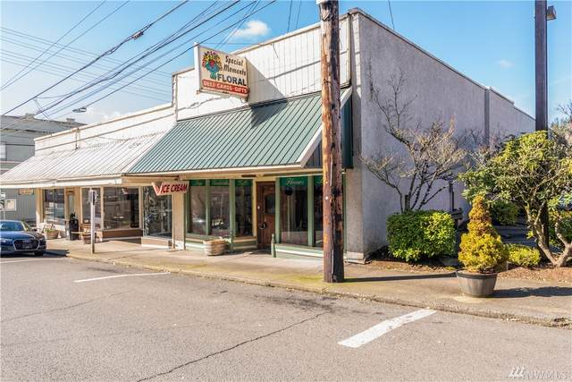 207 NE 1st, Winlock, WA 98596 (#1576373) :: The Kendra Todd Group at Keller Williams