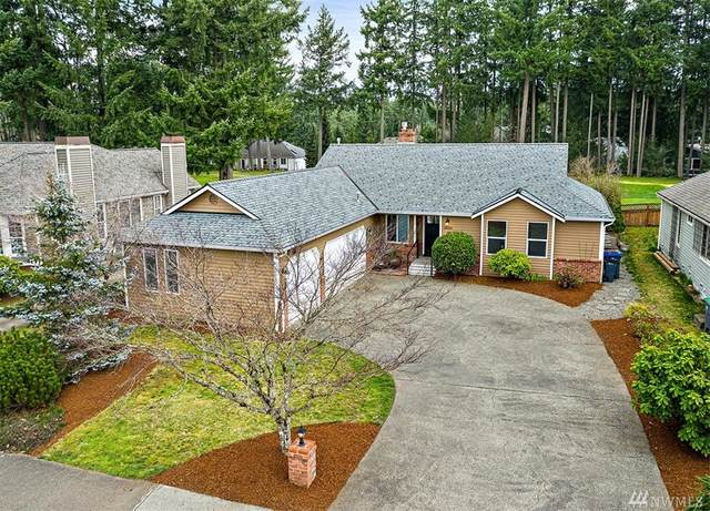 26030 Lake Wilderness Country Club Dr SE, Maple Valley, WA 98038 (#1576692) :: The Kendra Todd Group at Keller Williams