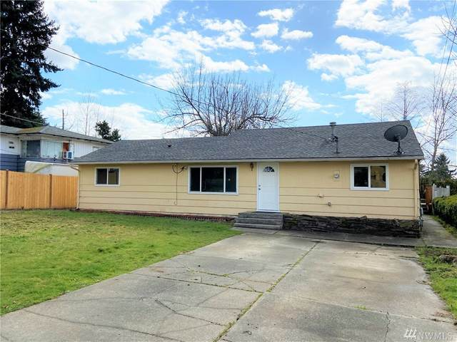 6147 S 124th St, Seattle, WA 98178 (#1576982) :: The Kendra Todd Group at Keller Williams