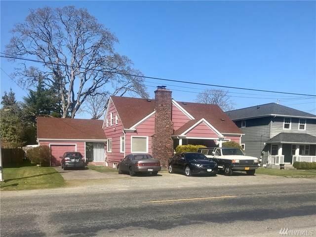 417 121st St S, Tacoma, WA 98444 (#1577125) :: Keller Williams Western Realty