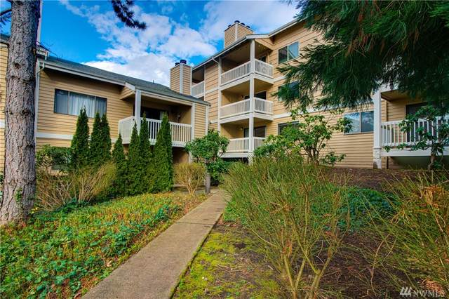12840 SE 40th Ct B-8, Bellevue, WA 98006 (#1577382) :: Real Estate Solutions Group