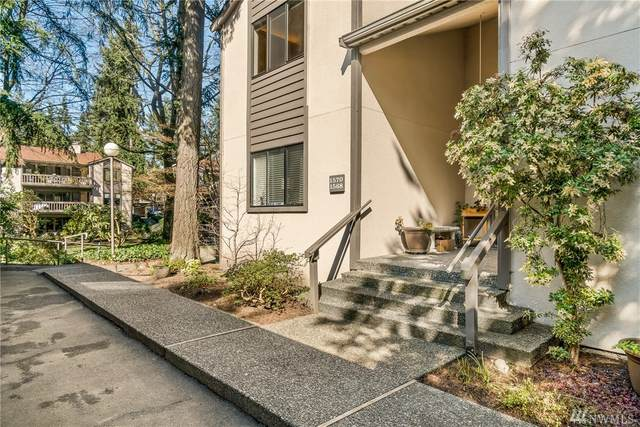 1600 NE 140th St A-5, Seattle, WA 98125 (#1577472) :: The Kendra Todd Group at Keller Williams