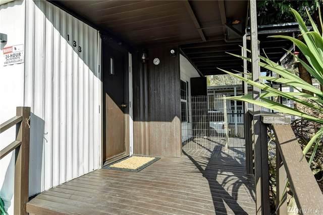 7301 NE 175th Street #133, Kenmore, WA 98028 (#1577577) :: Mike & Sandi Nelson Real Estate