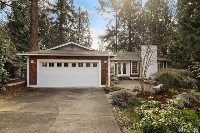 10135 NE 112th Place, Kirkland, WA 98033 (#1577799) :: Real Estate Solutions Group