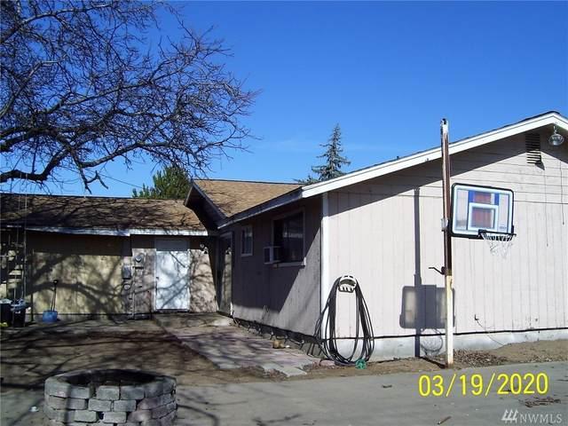 2141 W Willow St, Moses Lake, WA 98837 (#1578068) :: The Kendra Todd Group at Keller Williams