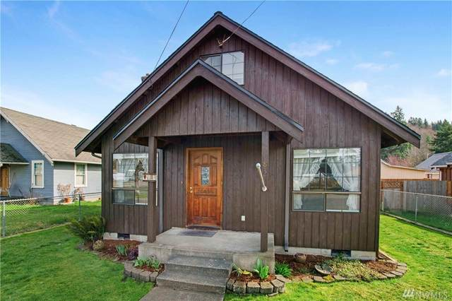 824 8TH Ave, Carbonado, WA 98323 (#1578147) :: Real Estate Solutions Group