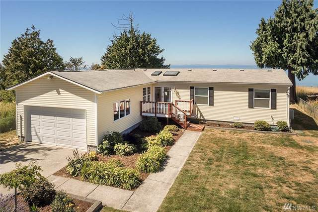 37 E Bluff Dr, Port Angeles, WA 98362 (#1578695) :: The Kendra Todd Group at Keller Williams