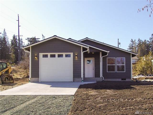1608 W 11th St, Port Angeles, WA 98363 (#1578756) :: The Kendra Todd Group at Keller Williams