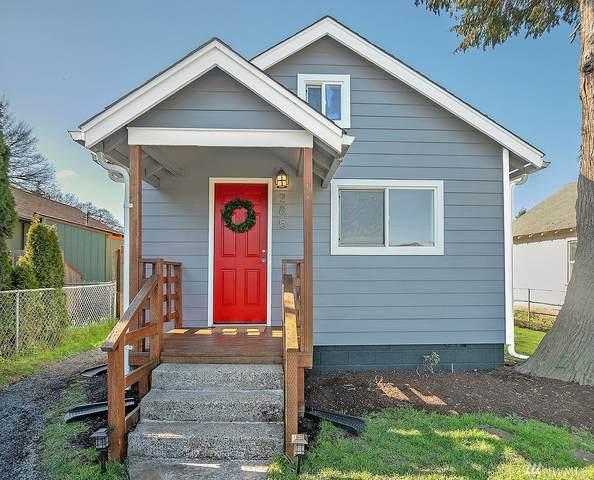 285 19th Ave, Longview, WA 98632 (#1578971) :: The Kendra Todd Group at Keller Williams