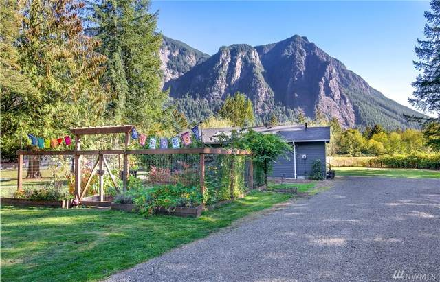 7616 N Fork Rd SE, Snoqualmie, WA 98065 (#1579249) :: The Shiflett Group