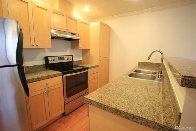 25025 SE Klahanie Blvd SE J104, Sammamish, WA 98074 (#1579733) :: Beach & Blvd Real Estate Group