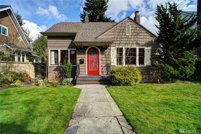 1922 45th Ave SW, Seattle, WA 98116 (#1579739) :: The Kendra Todd Group at Keller Williams
