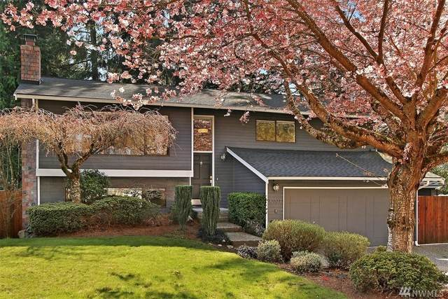 10707 NE 53rd St, Kirkland, WA 98033 (#1580169) :: Real Estate Solutions Group