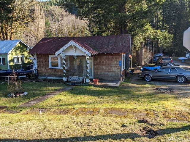 201 Old Cascade Hwy SE, Skykomish, WA 98288 (#1580688) :: Keller Williams Realty