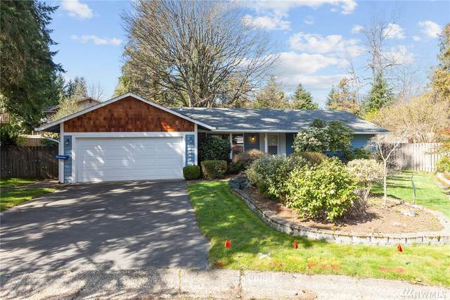 6909 151st Ave NE, Redmond, WA 98025 (#1580898) :: Keller Williams Realty