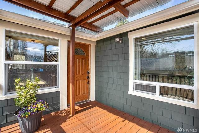 5423 26th Ave SW, Seattle, WA 98106 (#1580921) :: The Kendra Todd Group at Keller Williams