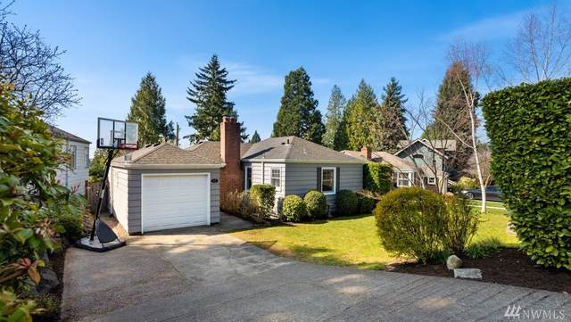 6031 Vassar Ave NE, Seattle, WA 98115 (#1580946) :: The Kendra Todd Group at Keller Williams