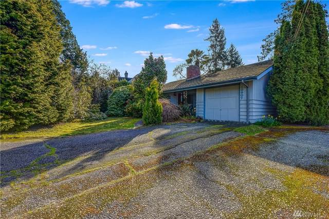 10907 Ne 18th St, Bellevue, WA 98004 (#1581098) :: Keller Williams Realty