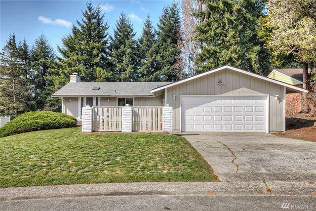 32235 24th Ave SW, Federal Way, WA 98023 (#1581377) :: The Kendra Todd Group at Keller Williams