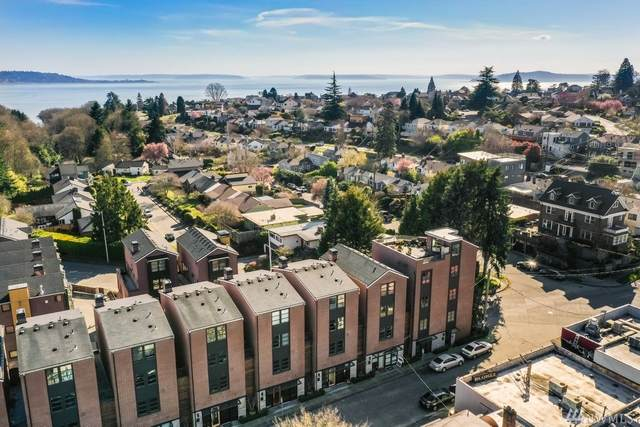 3211 W Lynn St, Seattle, WA 98199 (#1581667) :: Real Estate Solutions Group