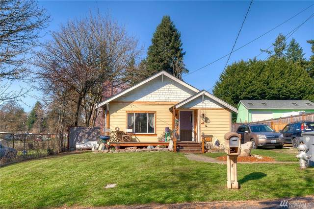 527 98th St S, Tacoma, WA 98444 (#1581721) :: The Kendra Todd Group at Keller Williams