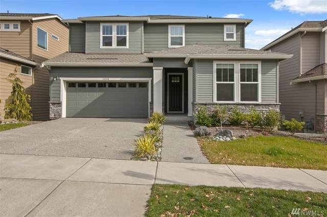 34208 SE Satterlee St, Snoqualmie, WA 98065 (#1582193) :: Center Point Realty LLC