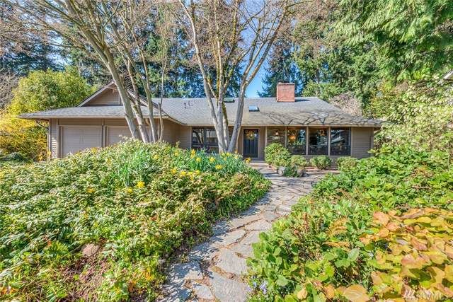 14101 121st Ave NE, Kirkland, WA 98034 (#1582450) :: Real Estate Solutions Group