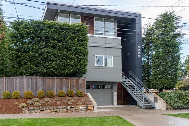 3205 42nd Ave SW, Seattle, WA 98116 (#1582986) :: TRI STAR Team | RE/MAX NW