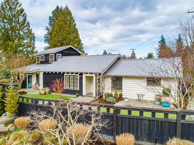 3006 92 Place NE, Clyde Hill, WA 98004 (#1582993) :: Real Estate Solutions Group