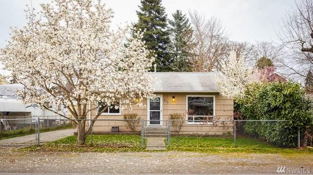311 120th St S, Tacoma, WA 98444 (#1583080) :: Keller Williams Western Realty