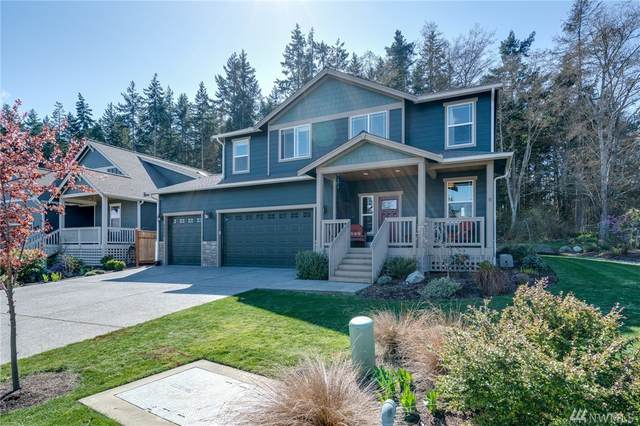 3451 SW Fairway Point Dr, Oak Harbor, WA 98277 (#1583328) :: Keller Williams Western Realty