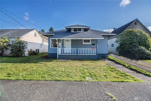 220 Chenault Ave, Hoquiam, WA 98550 (#1583929) :: Real Estate Solutions Group