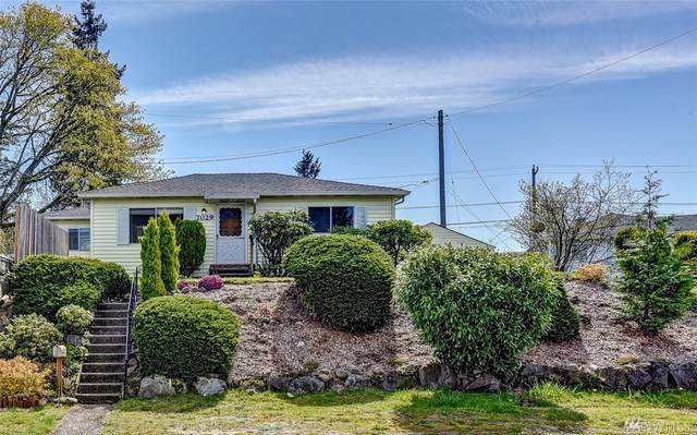 7029 S 127th St, Seattle, WA 98178 (#1583930) :: Hauer Home Team