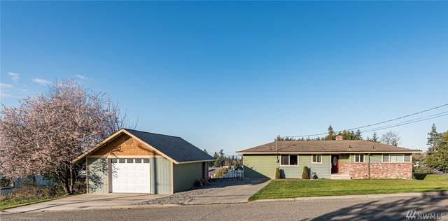 1727 E Third, Port Angeles, WA 98362 (#1583967) :: The Kendra Todd Group at Keller Williams