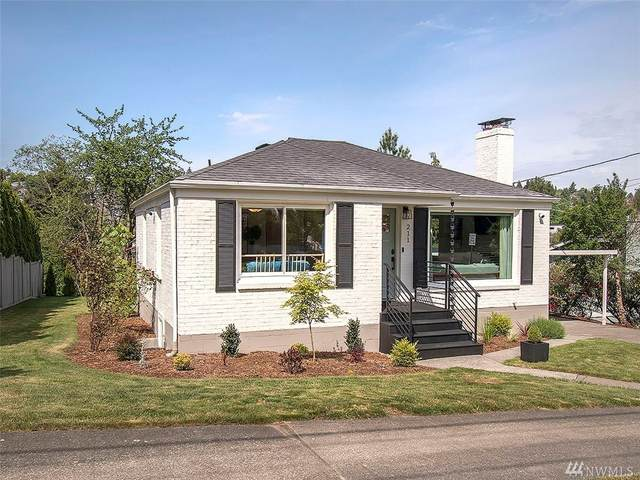 211 32nd Ave E, Seattle, WA 98112 (#1584131) :: Hauer Home Team