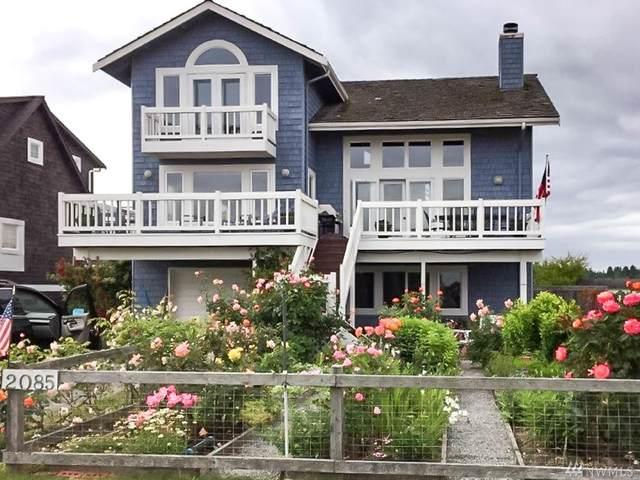 2085 Shore Ave, Freeland, WA 98249 (#1584768) :: Ben Kinney Real Estate Team