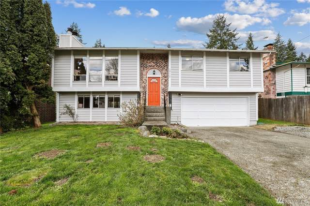 19117 30th Ave NE, Lake Forest Park, WA 98155 (#1584914) :: KW North Seattle
