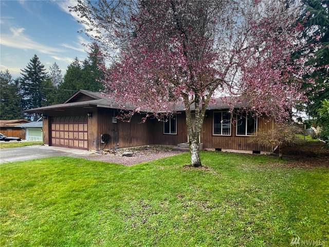 19631 50th Ave NE, Arlington, WA 98223 (#1585044) :: Keller Williams Realty