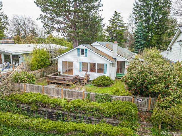 12526 39th Ave NE, Seattle, WA 98125 (#1585051) :: Real Estate Solutions Group