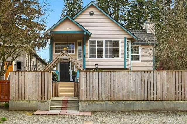 1207 NE 96th St, Seattle, WA 98115 (#1585381) :: The Shiflett Group