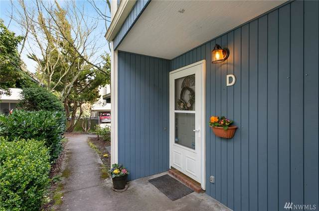 8418 26th Ave SW D, Seattle, WA 98106 (#1585384) :: Tribeca NW Real Estate