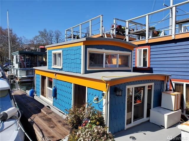 2143 N Northlake Wy #19, Seattle, WA 98103 (#1585592) :: Sarah Robbins and Associates