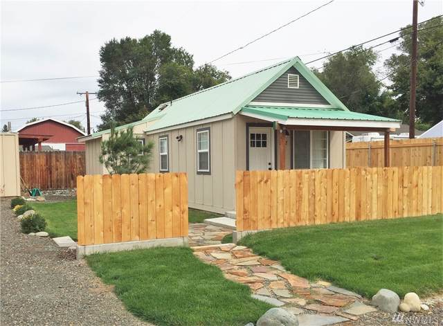 307 W 2nd Ave, Kittitas, WA 98926 (#1585629) :: Center Point Realty LLC